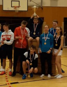 """Neuer Besitzer für """"den Pott"""": BG Pro Sport/Zehlendorf siegt bei der Jugendmannschaftsmeisterschaft"""